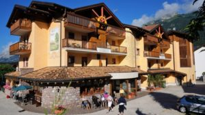 Narty i snowboard w Paganella