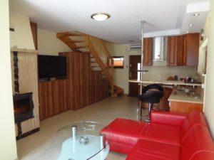 4 VIP Nieruchomości Dom